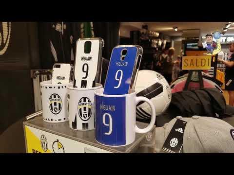 Juventus store en Milan Italia