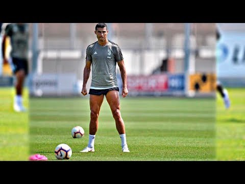 Cristiano Ronaldo third training and feints, goals in training at Juventus