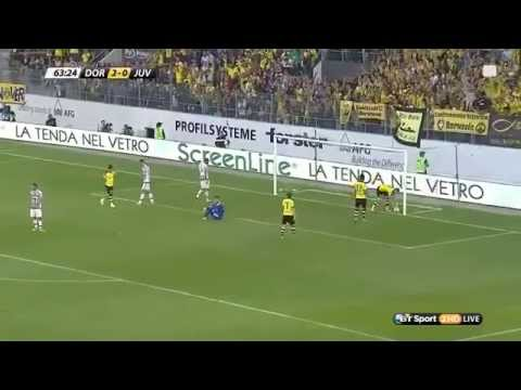 Marco Reus nutmegs Bonucci and scores a goal vs Juventus