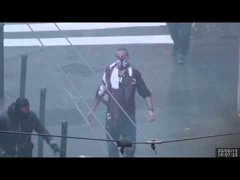 L'assalto allo Juve Store di Torino