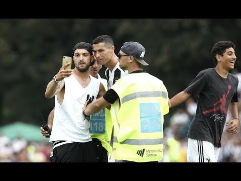 Cristiano Ronaldo debut abandoned halfway as Juventus fans invade pitch & Mob