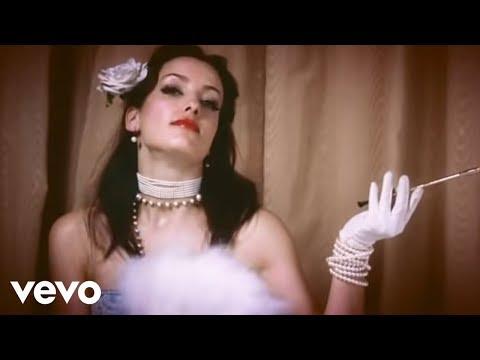 The Fratellis – Chelsea Dagger (Official Music Video)