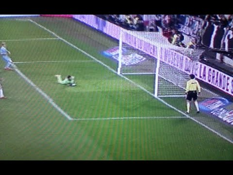 Juventus Lazio 2 0 gol Tevez Bonucci – Caressa: la posizione e' regolare al gol Tevez