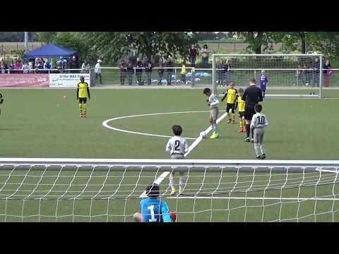 Borussia Dortmund 'U9 vs Juventus Turin 'U9 | Captain Cristiano Ronaldo JR