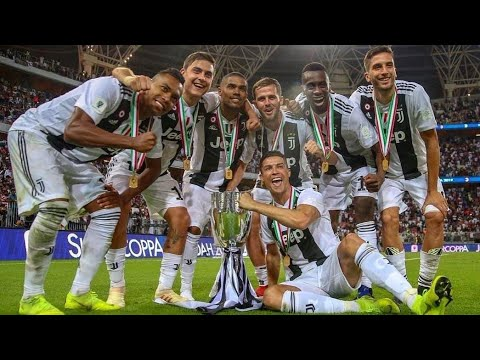 Cristiano Ronaldo Bawa Juventus Juara Piala Super Italia