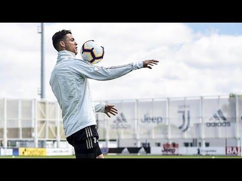 Cristiano Ronaldo In Juventus Training 2019 | Skills/Goals + Freestyle