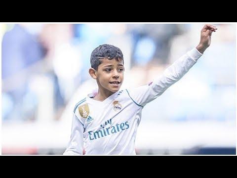 Wie der Vater: Ronaldo junior trainiert bei Juventus