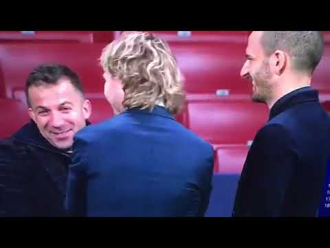 Del Piero with Juventus Players before Atletico game