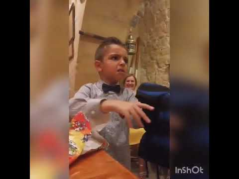 YOUNG JUVENTUS FAN GETS AN INTER JERSEY FOR HIS BIRTHDAY (he got pissed)😂😂😂