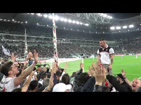 Juventus vs Lazio 2-0  18/04/2015 Curva Sud